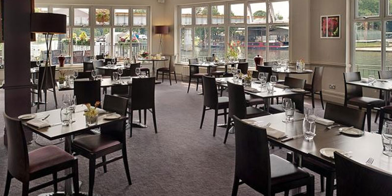 mercure london staines restaurant