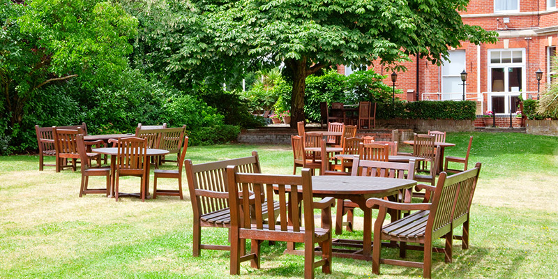 holiday inn farnborough courtyard